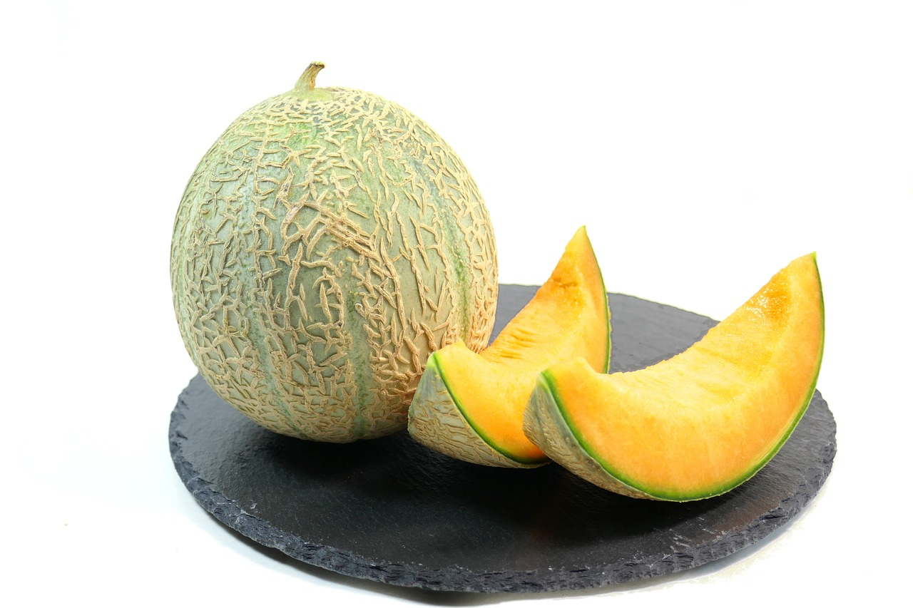 <b>5. Melony</b> <br>Cała rodzina melonów wpływa zbawiennie na ciało podczas...