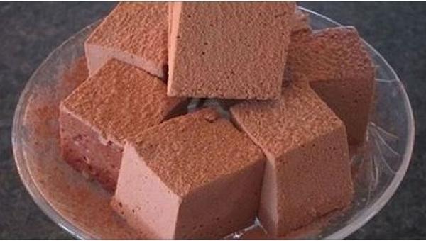 To ciasto jest przepyszne! I słodkie, choć nie zawiera cukru... To genialny...