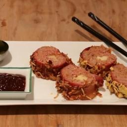Dla kreatywnych - sushi z bekonu. Zobacz, jak łatwo możesz zaskoczyć gości! :)