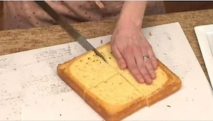 Pokroiła ciasto na cztery części. W co je przeobraziła? Niesamowite!