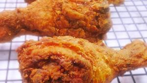 Znamy recepturę na kurczaka w panierce, jak z popularnych fast foodów, tylko bez