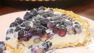 TO ciasto to doskonałe połączenie delikatności owoców i słodkości masy! Znasz je