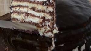 Miałam dość zwykłych ciast - ten skandynawski torcik czekoladowy okazał się jesz
