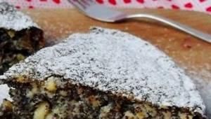 Szarlotka z makiem to hit tej zimy! Przygotuj to ciasto, a zniknie w mgnieniu ok